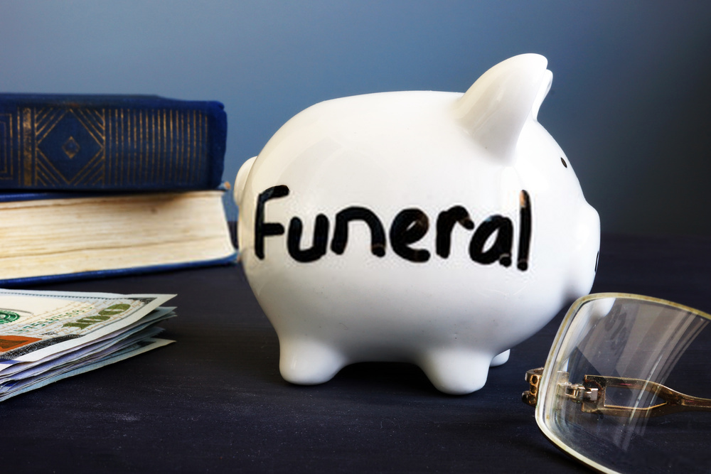 How can you get funeral financing even with a bad credit score?