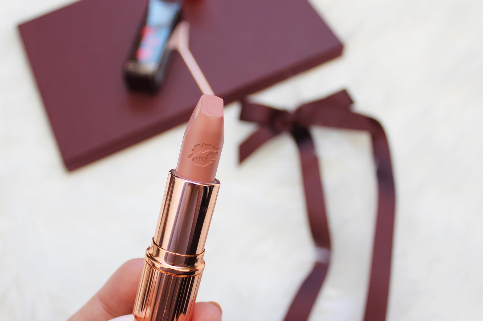 CHARLOTTE TILBURY | Hot Lips K.I.S.S.I.N.G Lipstick in Kim K.W. - CassandraMyee