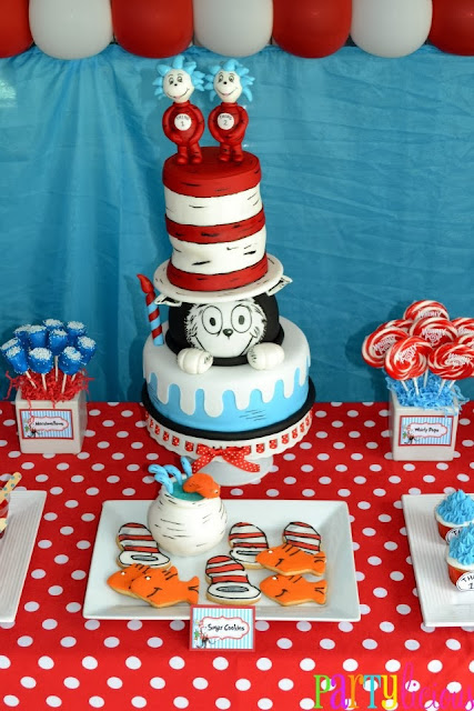 cat and the hat cake