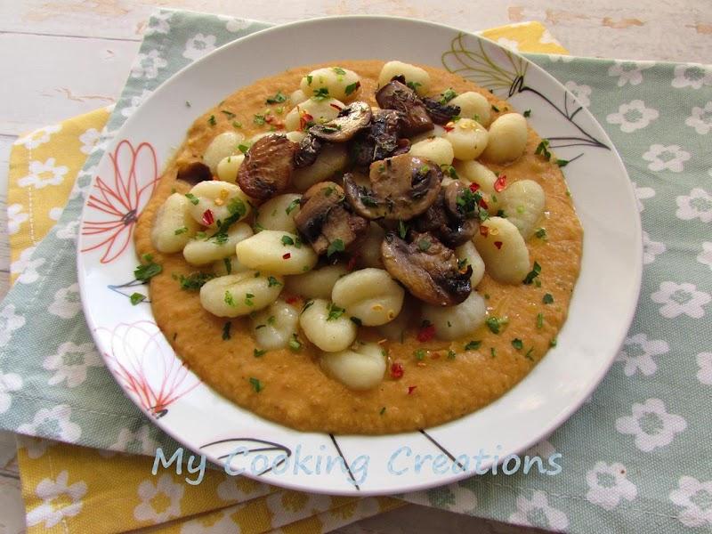 Картофени ньоки в сос от червена леща и гъби * Gnocchi ai funghi e crema di lenticchie rosse