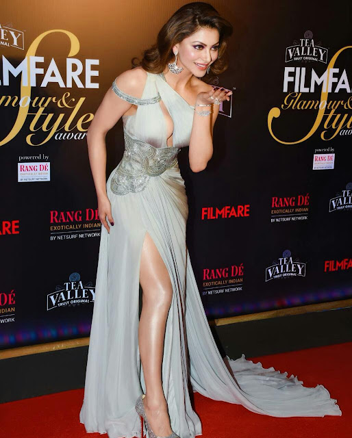 Urvashi Rautela Hot Sexy Pictures 2020