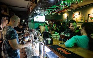 Bar à Moscou, de nos jours