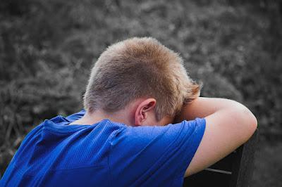 Comment arreter les pensées négatives en 4 étapes simples