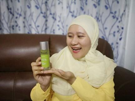 5. Sapukan pula pelembap Murad di muka    Boleh beli di butik kecantikan Murad Malaysia atau beli online https://www.murad.com.my/replenishing-multi-acid-peel    Harga RM398    #murad #muradMalaysia #muradmy