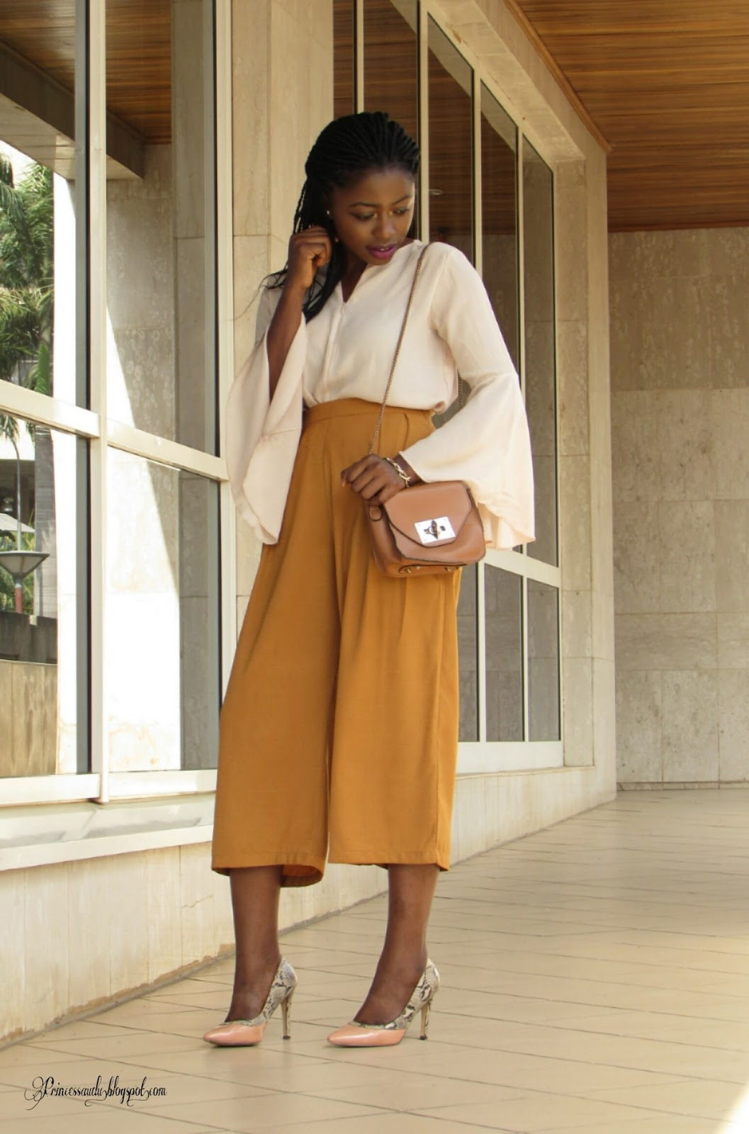 Flared sleeve trend, culottes, thrift, 2016, fashion