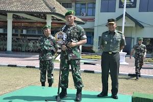 Perkuat Satkowil di Papua, 77 Personel Satgas Teritorial Kodam IX/Udayana Diberangkatkan