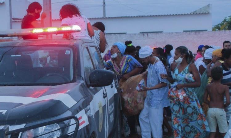 DT de Iaçu realiza ação solidária para crianças do município