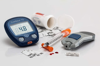 diabetic eye diseases, Suger level in blood measurement machine, diabetes