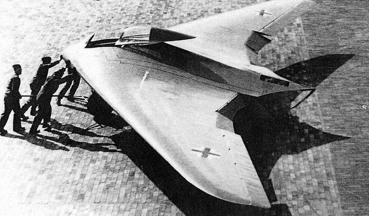 Horten Ho 229 worldwartwo.filminspector.com