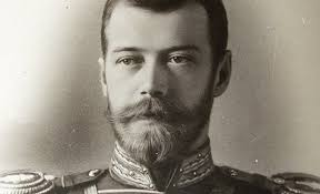 Las redes estallan por las fotos  Zar Ruso Nicolás II desnudo