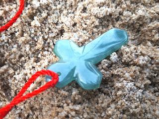 Liontin Batu Permata Giok Jadeite Jade Type A Burma Bentuk Salib JDT024