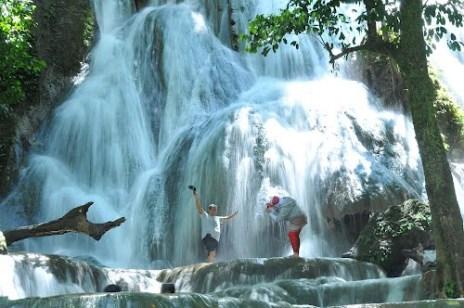Mata Buntu berada di Desa Ledu-ledu, Kecamatan Wasuponda, Kabupaten Luwu Timur, Sulawesi Selatan.