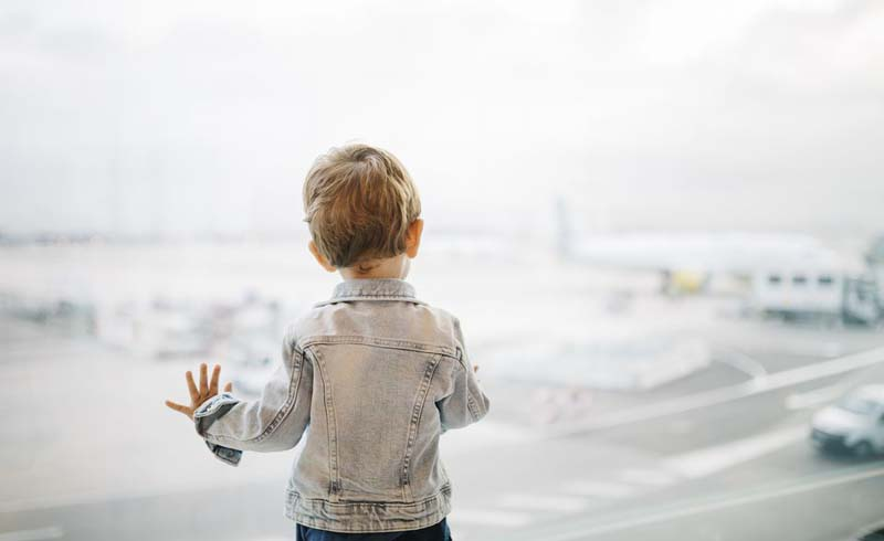 family, airports, airline travel, children