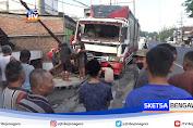 Rem Blong, Truk Tabrak Rumah Dan Kendaraan Parkir