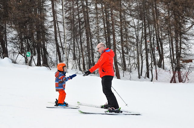 family ski holiday, snowbizz ski, skiing with kids