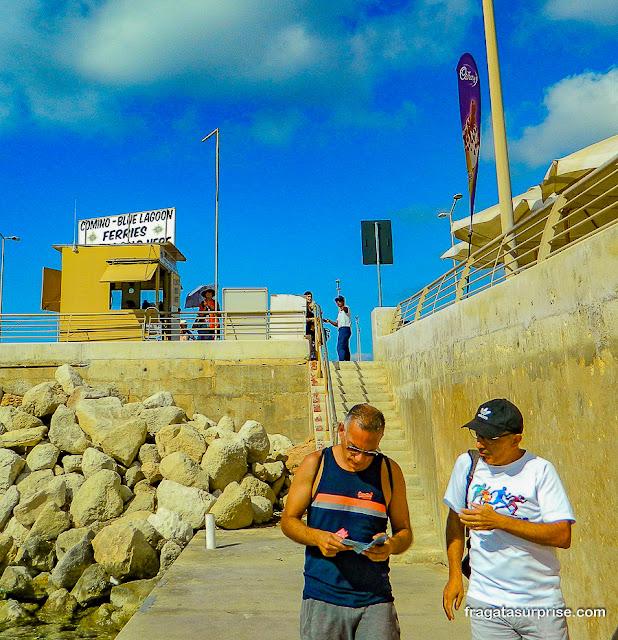 Lanchas para a Lagoa Azul de Malta