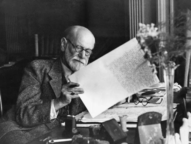 Freud: Una invitación a caminar otros senderos
