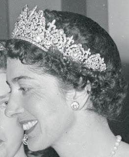 diamond tiara petochi princess maria francesca bourbon parma savoy italy