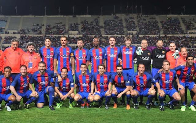 Barcelona-legende-amical-fotbal-Ronaldinho