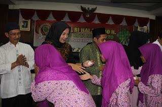 Undang Anak Yatim Halal Bihalal, DPRD Kota Mojokerto Beri Kesan Indahnya Berbagi