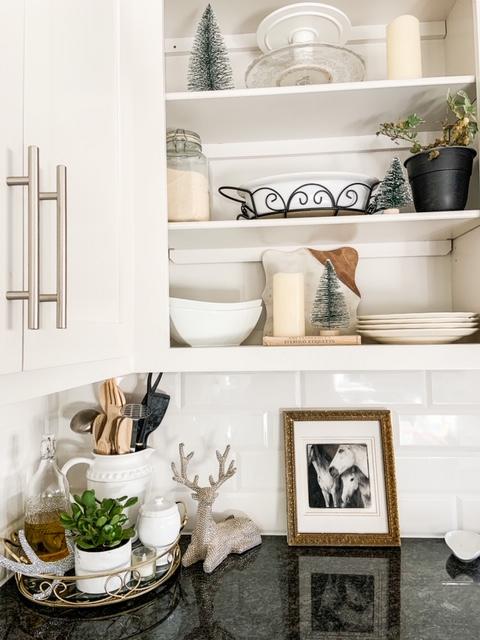 winter decor in kitchen