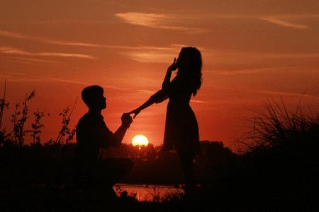 Kumpulan Puisi Keindahan Senja Sore Hari, Di Pantai, yang Romantis