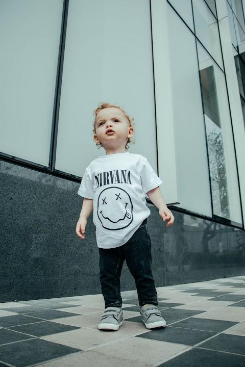 Baby Boy Tạo Dáng