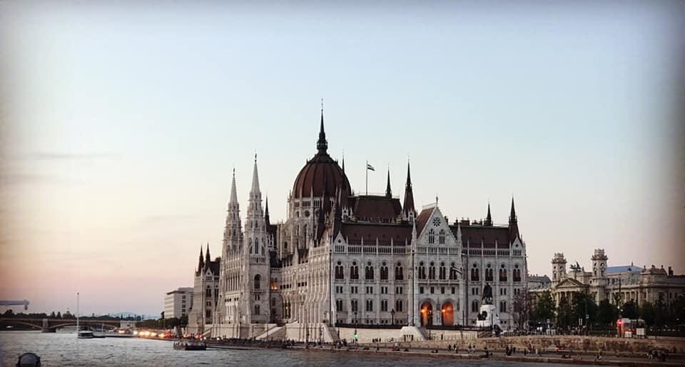 Seznamovací služba v Budapešti batman arkham původy multiplayer dohazování problémy