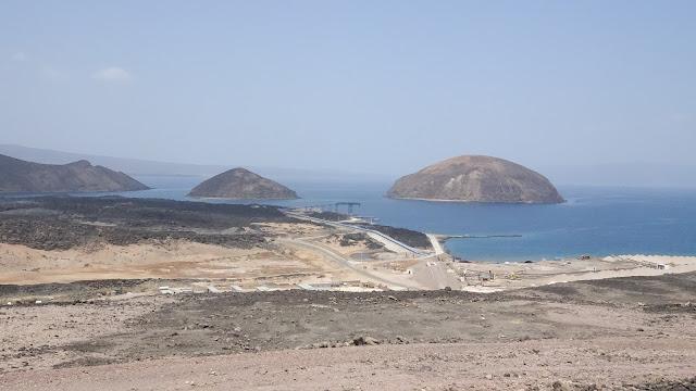 Big hills on the way to Lake Assal