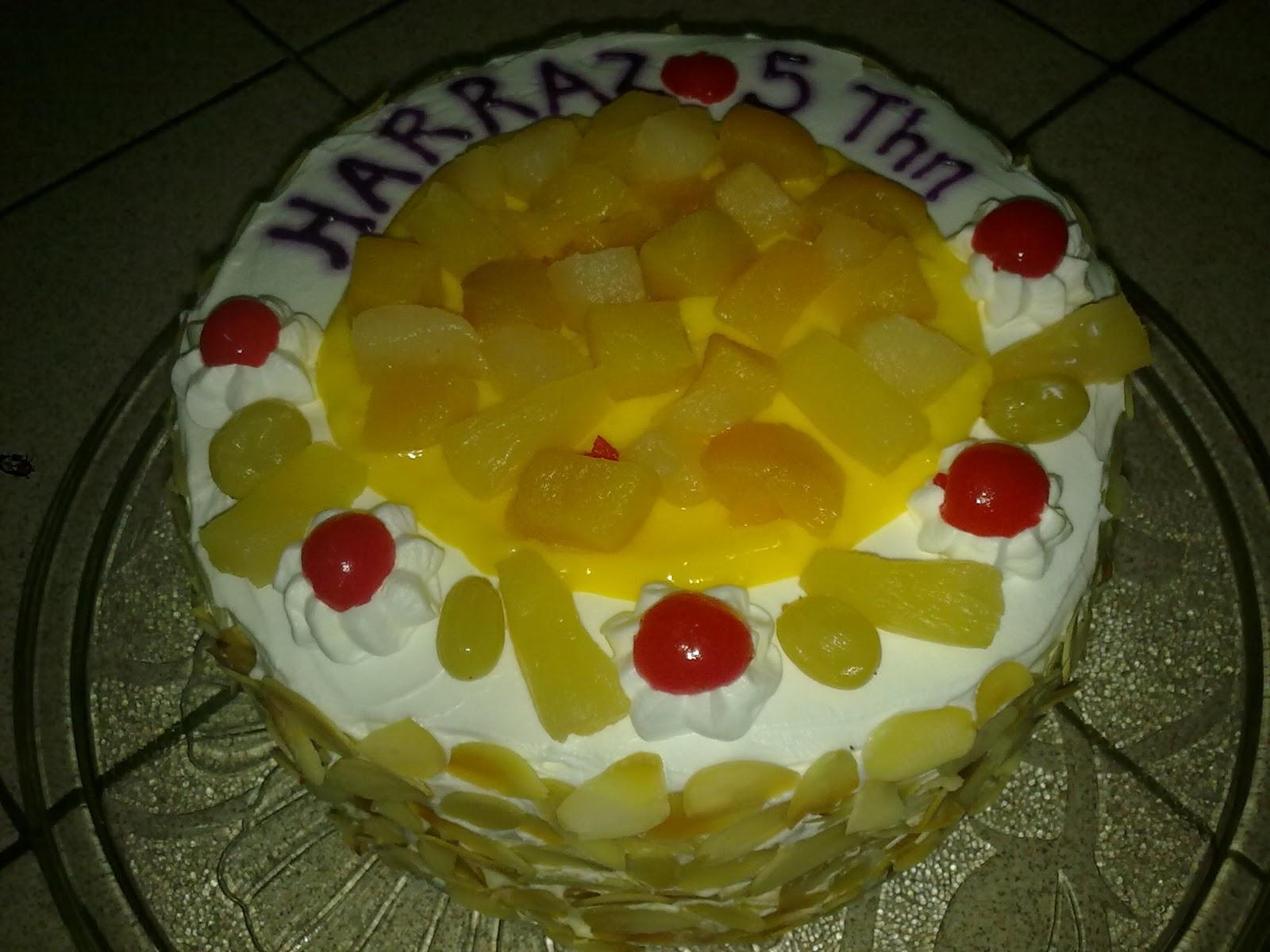 Fruit Flane Cake
