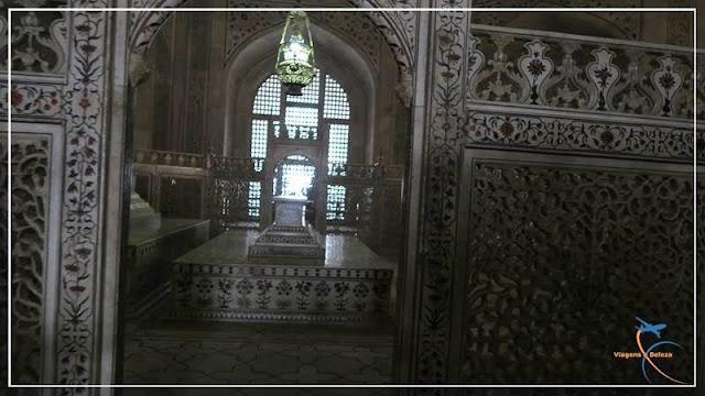 Túmulo da Muntaz Mahal