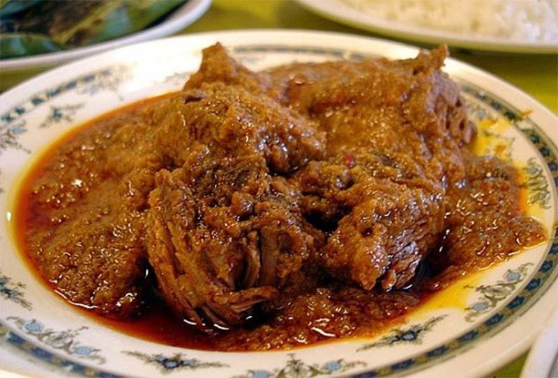 rendang daging sapi spesial, rendang, gordon ramsay, william wongso, kuliner, sumatera barat, padang, balado, koki, masterchef, durian, bumbu tradisional, pacu jawi, pakar kuliner