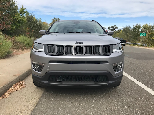 Front view of 2019 Jeep Compass Limited High Altitude 4X4