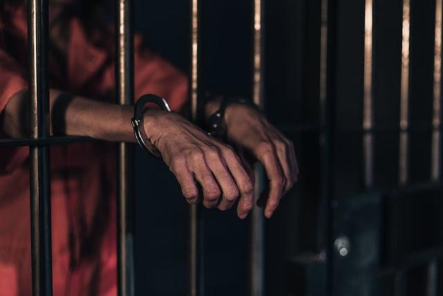 Un año de prisión preventiva contra hombre habría ultimado adolescente en Sabana Perdida