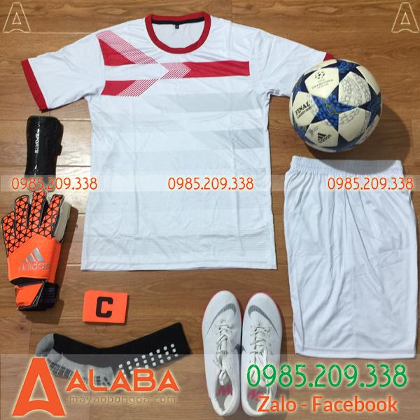 Áo bóng đá không logo màu trắng