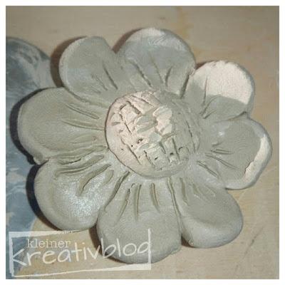 www.kleiner-kreativblog.de: Blumen, getöpfert