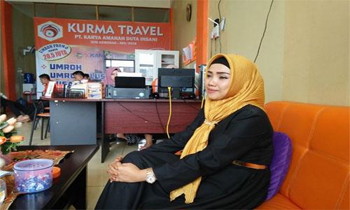 Irma Kepala Cabang  Padang Kurma Trvel: Berikan  Perjalanan Haji Dan Umroh Nyaman