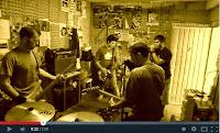 http://musicaengalego.blogspot.com.es/2013/04/esquios-estamos-aqui.html