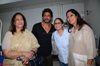 From Left to Right Bulbul Soi, with Shah Rukh Khan and Gauri and Taruna Soi .JPG