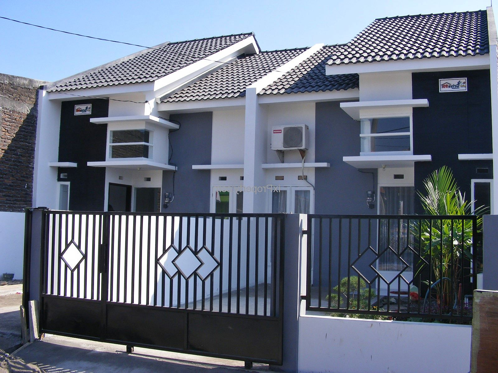 contoh 70 gambar desain pagar rumah minimalis kayu dan besi