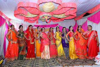 विश्व हिंदू परिषद मातृशक्ति दुर्गा वाहिनी महिलाओं की सोलह श्रृंगार प्रतियोगिता का आयोजन किया गया