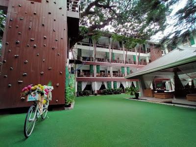 Selah Garden Hotel