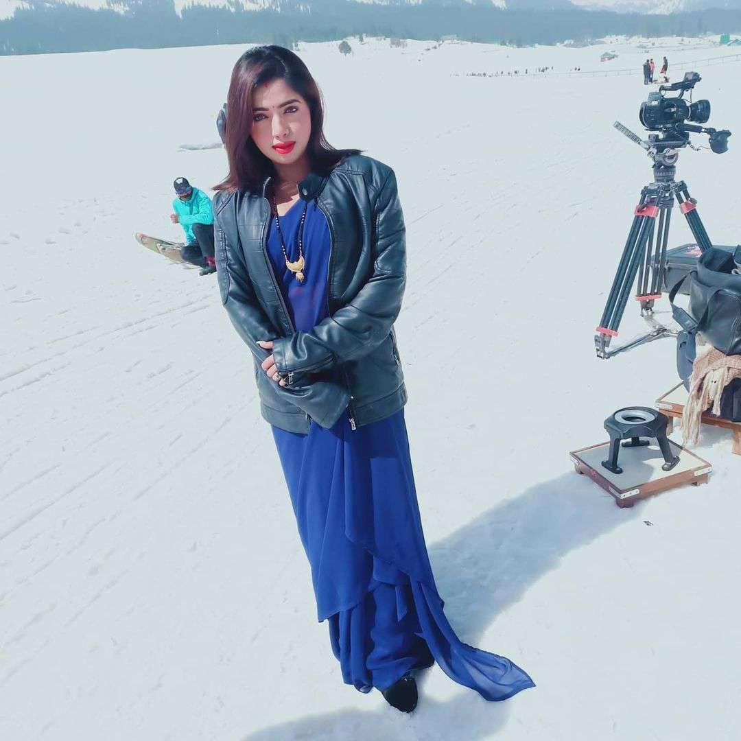 Ullu Palangtod Naye Padosi (2021) Actress Rekha Mona Sarkar Instagram Photos