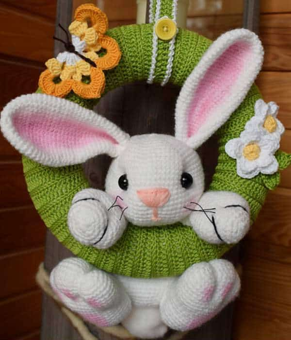 Spring Amigurumi Bunny Wreath FREE Crochet Pattern