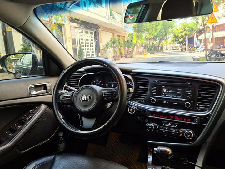 Kia Optima 2015 nhập khẩu giá rẻ hơn Toyota Camry 2013