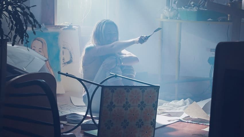 Рецензия на фильм «Девушка, которая боялась дождя» - триллер по мотивам Хичкока - 03