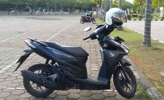 Varian Honda Vario Techno 150.  Foto Asep Haryono