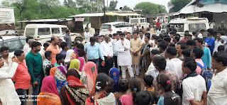 खनिज मंत्री श्री जायसवाल ने बाढ़ प्रभावित ग्रामों का भ्रमण कर बाढ़ प्रभावितों से की चर्चा