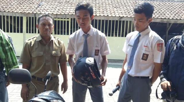 dua siswa pencipta helm anti begal