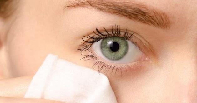 Ways to Get Rid of Dark Circles Under Your Eyes